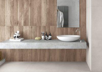 Carrelages imitation bois pour la salle de bains