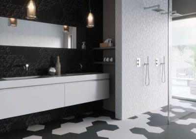 Carrelages pour la douche italienne et la salle de bains